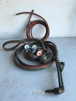 Used Acetylene & Union Carbide welding cutting Torch, 11' hose, Gauges & Valves